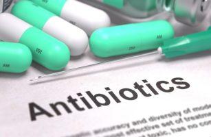 Антибиотики повышают риск колоректального рака