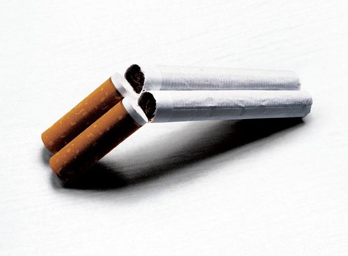 Курение увеличивает риск развития рака шейки матки