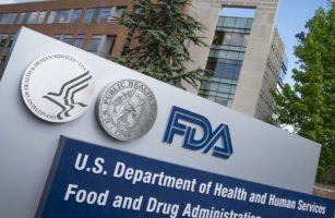 FDA отозвало два показания у препаратов от рака