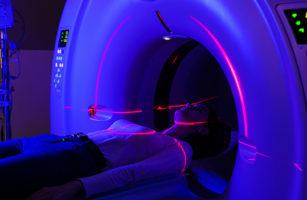 Шесть с половиной миллиардов рублей будут выделены на создание центров инновационной терапии онкозаболеваний